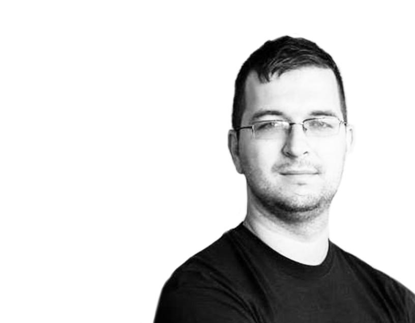 Prelegent Rafał Hryniewski